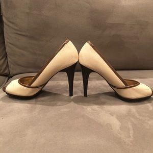 Nine West tan/brown canvas peep toe heel